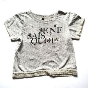 Jessica Simpson 🤑T-shirt Medium Grey